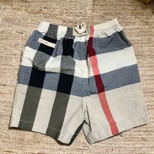 Burberry • boys shorts 3Y Nova Check